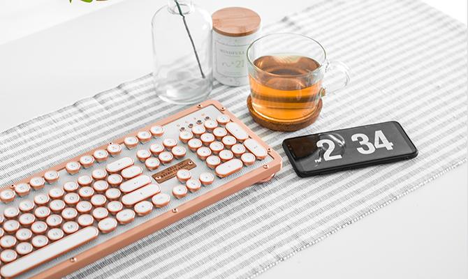 Bamboo keyboard gift