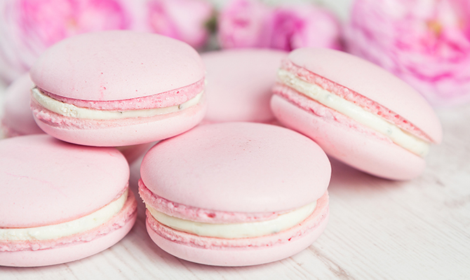 Pink macarons as a party favor