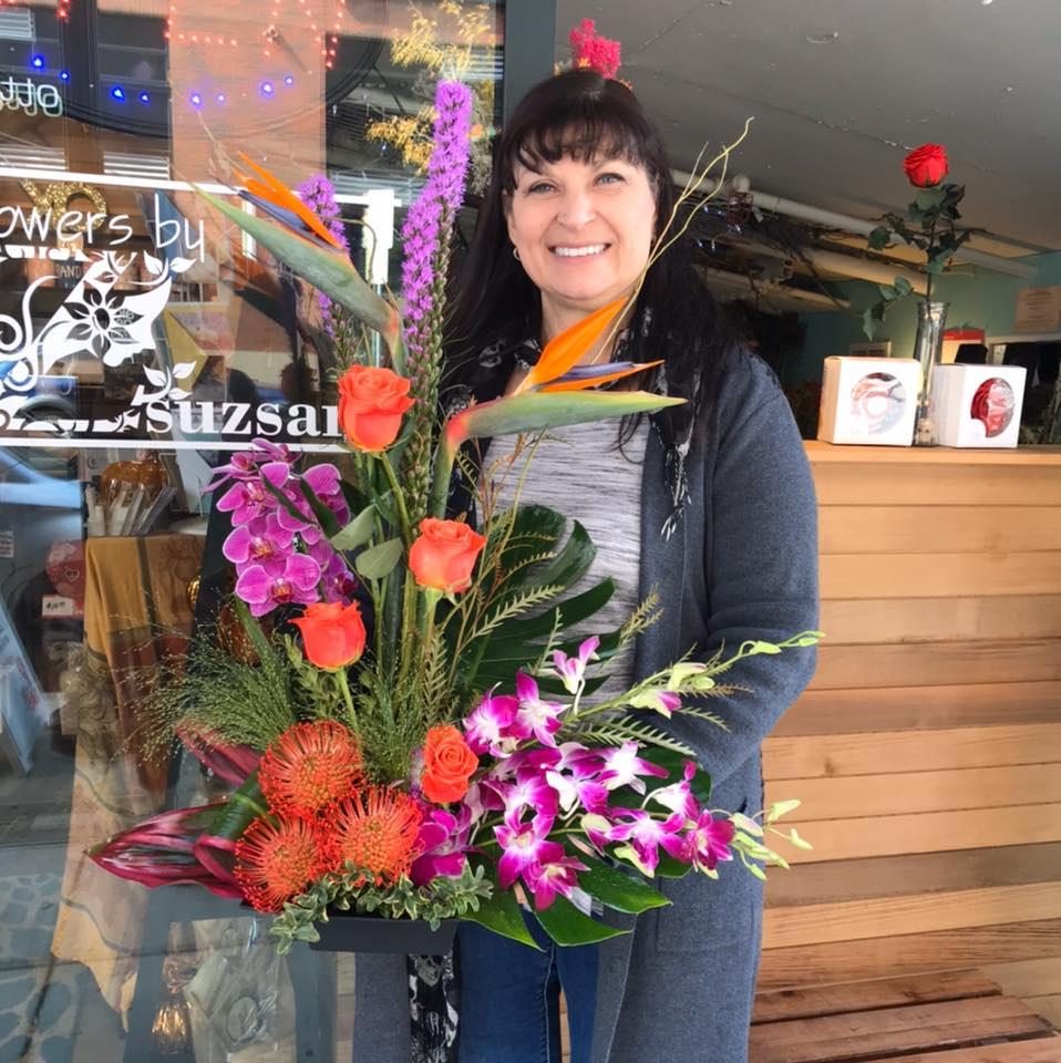 Zsuzsana Hutchinson of Flowers by Zsuzsana